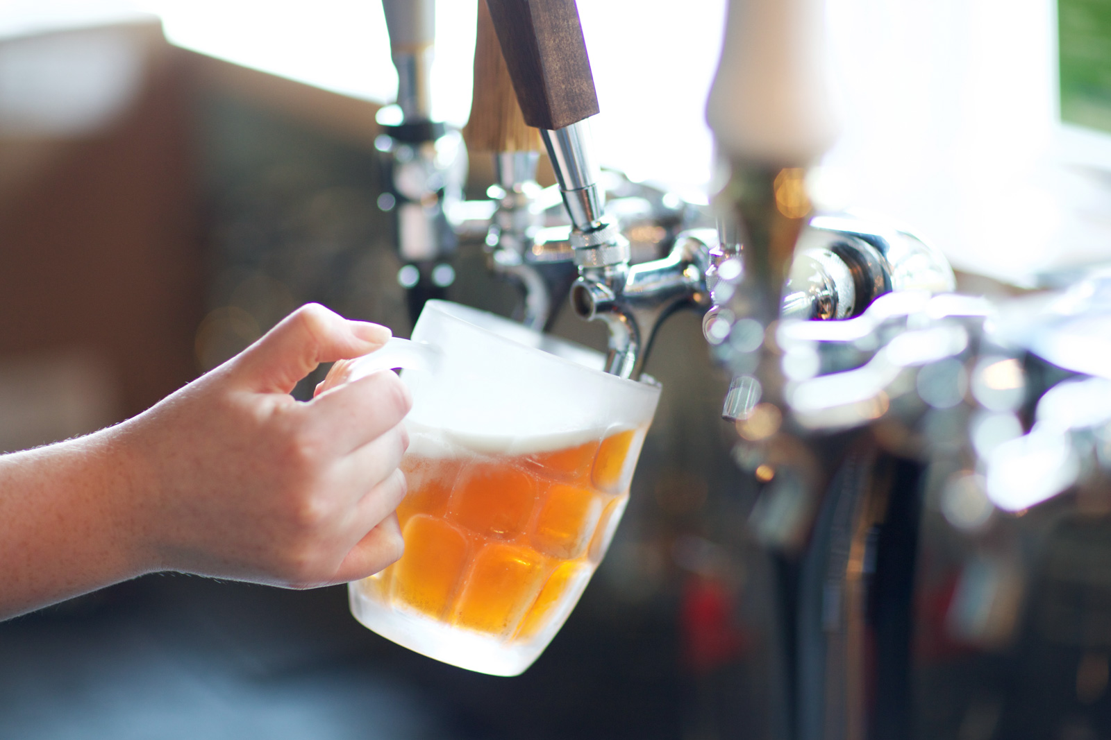 Grab a cold one with our selection of craft beers on tap or by bottle.<br>